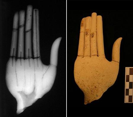 Goddess hands, Kavousi, Vronda